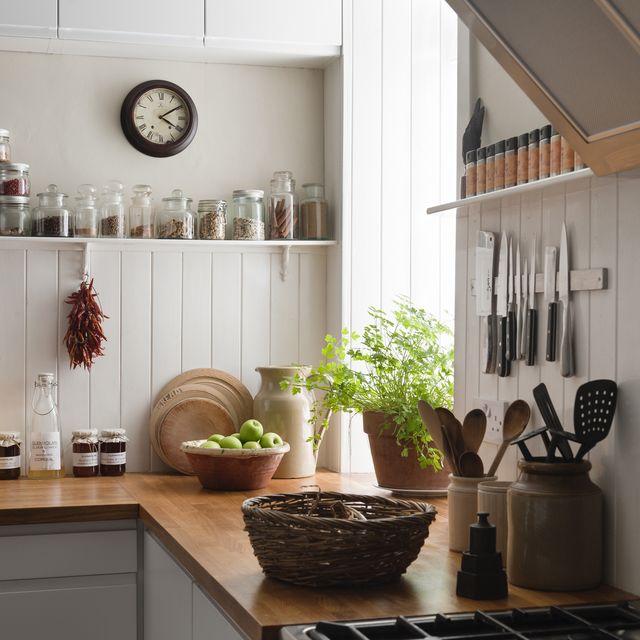 kitchen storage to destress