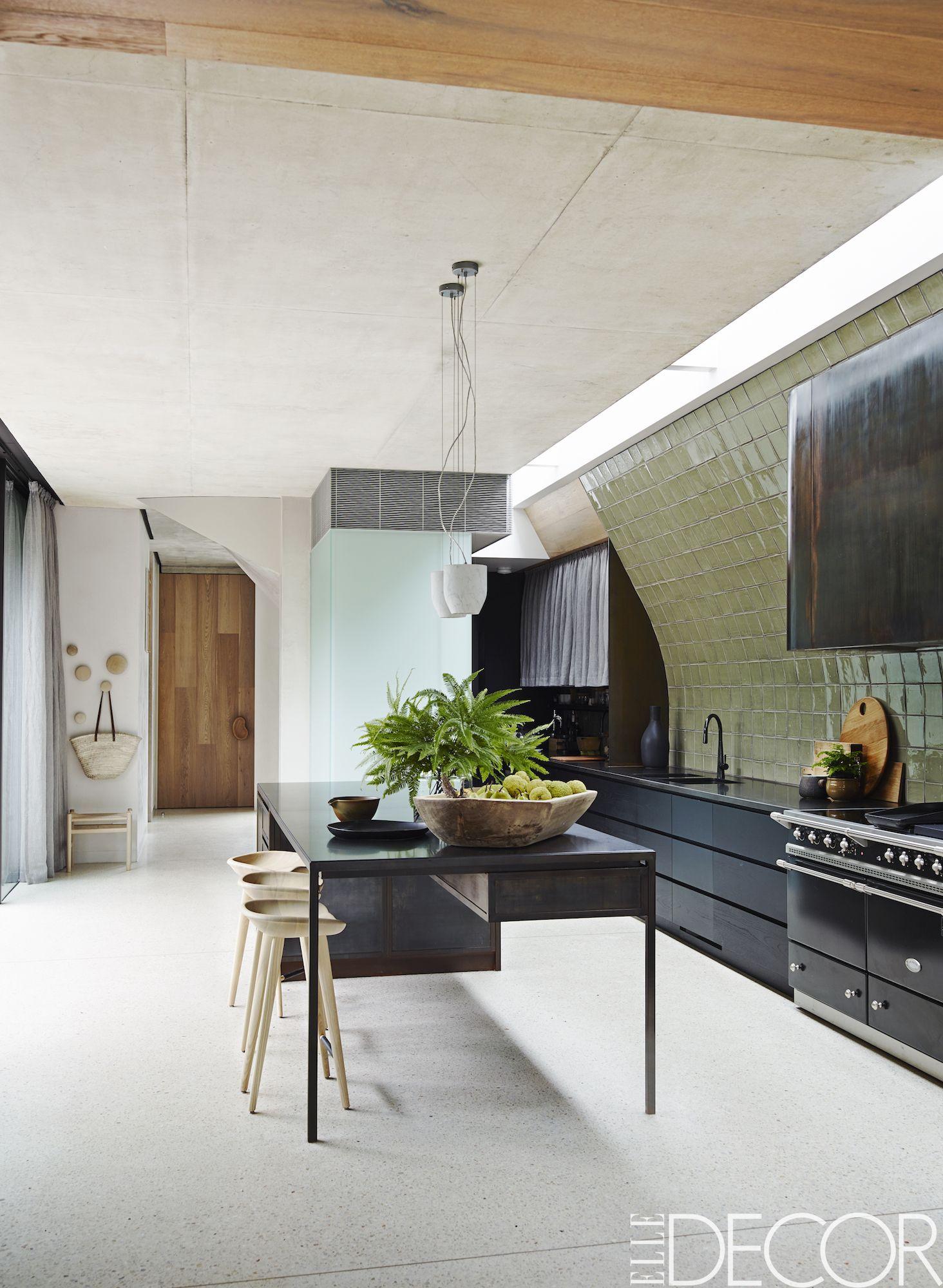 20 Gorgeous Kitchen Tile Backsplashes - Best Kitchen Tile Ideas on 10x14 kitchen design, 11x14 kitchen design, 10x12 kitchen design, 10x20 kitchen design, 9x12 kitchen design, 8x8 kitchen design, 10x15 kitchen design, 8x14 kitchen design, 12x12 kitchen design, 8x10 kitchen design, 6x6 kitchen design, 12x18 kitchen design,