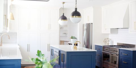 10 Ways To Master Navy Blue And Gold Decor Pinterests New Favorite Color Scheme