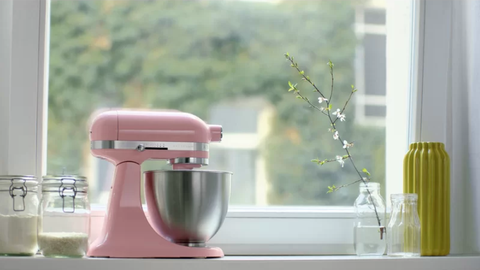 mixer, small appliance, home appliance, kitchen appliance, pink, juicer, vacuum flask, blender, cup,