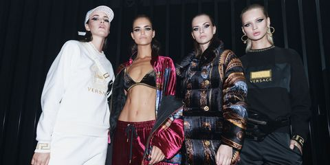 Fashion, Beauty, Fashion design, Fashion model, Event, Haute couture, Model, Fashion show, Style, Performance,