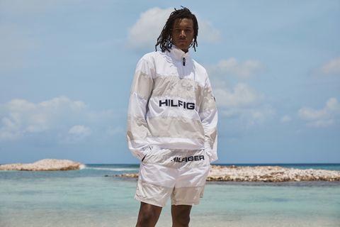 White, Outerwear, Fashion, Vacation, Fun, Sleeve, Uniform, Sea, Photography, Hoodie,