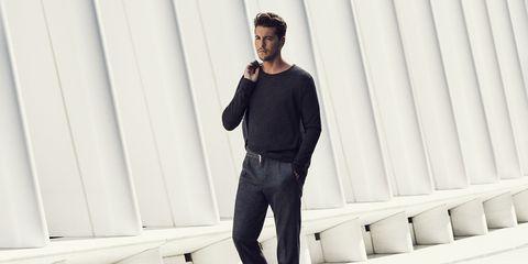 Clothing, Fashion, Jeans, Standing, Denim, Shoulder, Footwear, Street fashion, Outerwear, Neck,