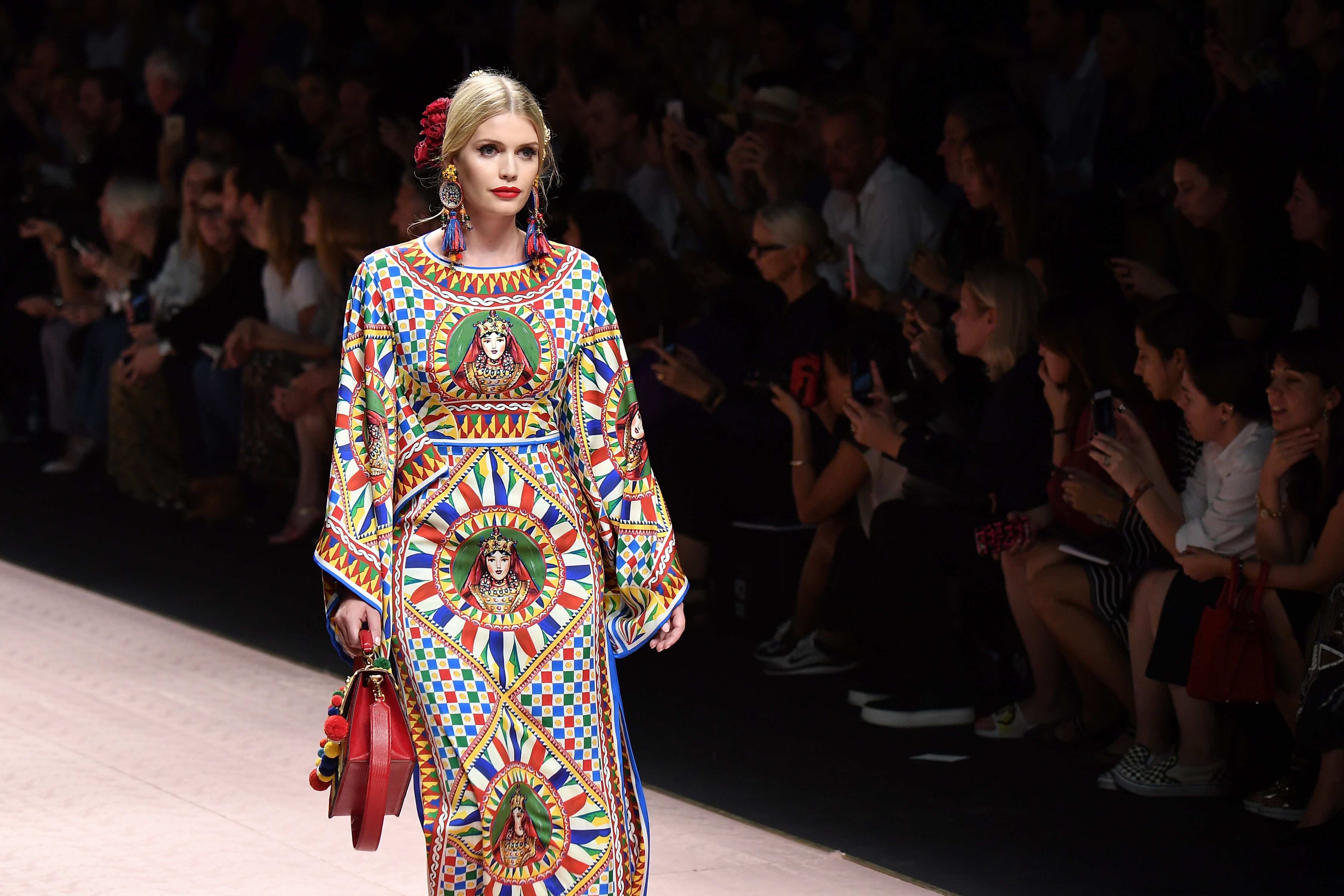 56ada9c0 Lady Kitty Spencer Spring 2019 Dolce & Gabbana Show - Photos of Kitty  Spencer at Fashion Week