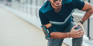 Runner runs Edinburgh marathon with broken leg