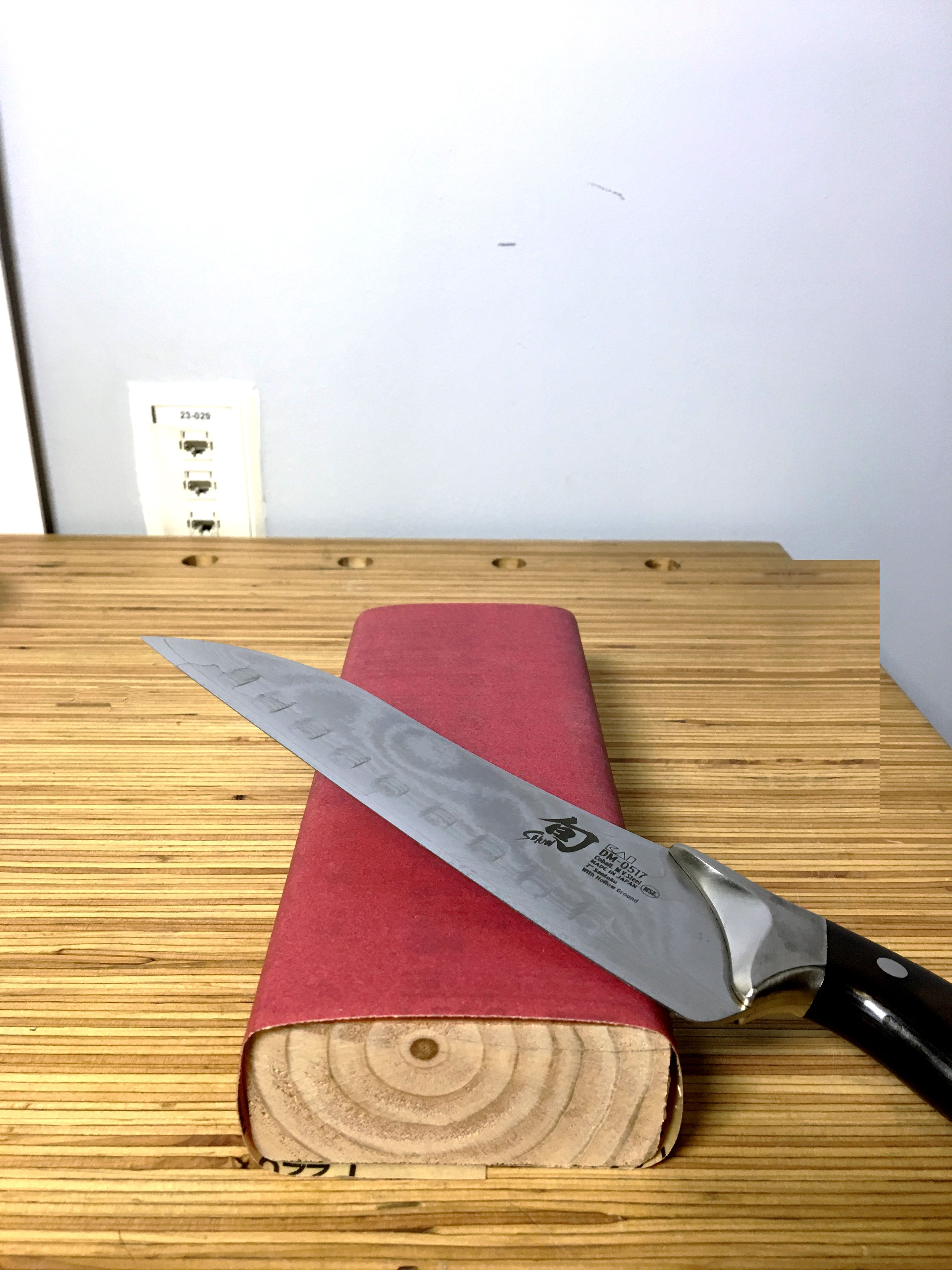 how to sharpen kitchen knives the best way to sharpen kitchen knives rh popularmechanics com how to sharpen kitchen knives best way to sharpen kitchen knives with a stone