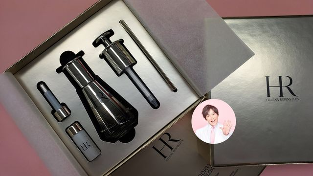 Lipstick, Cosmetics, Lavender, Stationery, Material property, Silver, Gloss, Brush, Eye shadow, Makeup brushes,