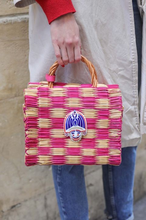 Pink, Bag, Magenta, Red, Handbag, Shoulder, Fashion accessory, Fashion, Jeans, Material property,