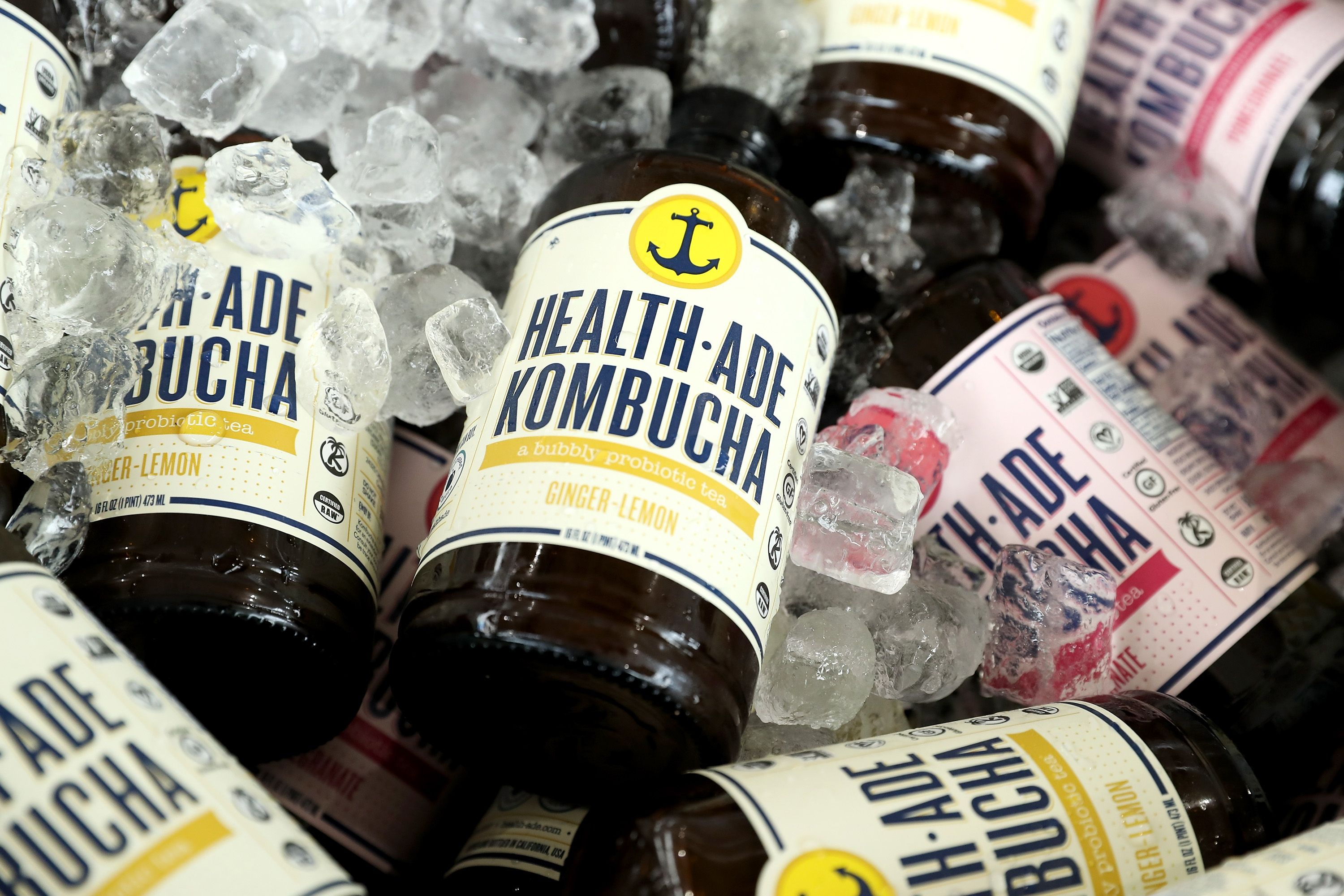 6 Health Benefits of Kombucha You Should Know About, According to Dietitians