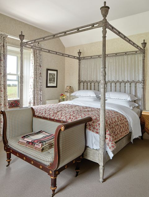 Rita Konig House, Nina Campbell Margot Bedding