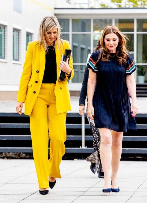 koningin máxima ton sur ton look geel outfit