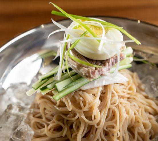 korean cold buckwheat noodles naengmyeon