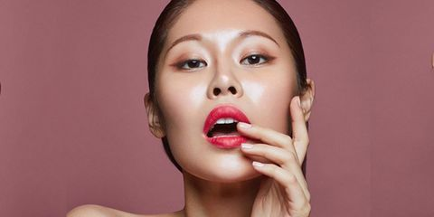 Nose, Lip, Cheek, Finger, Skin, Chin, Eyelash, Eyebrow, Jaw, Beauty,