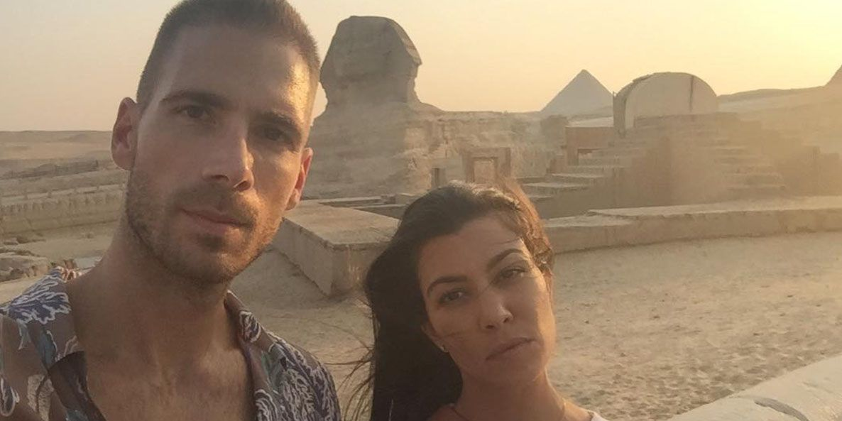 Kourtney Kardashian on vacation in Egypt with boyfriend