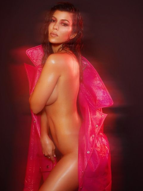 Kourtney kardashian free nude pics, big tit waitress fucking gif
