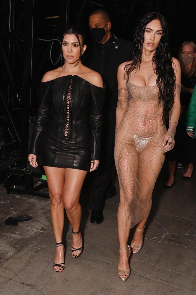 kourtney kardashian y megan fox  campaña
