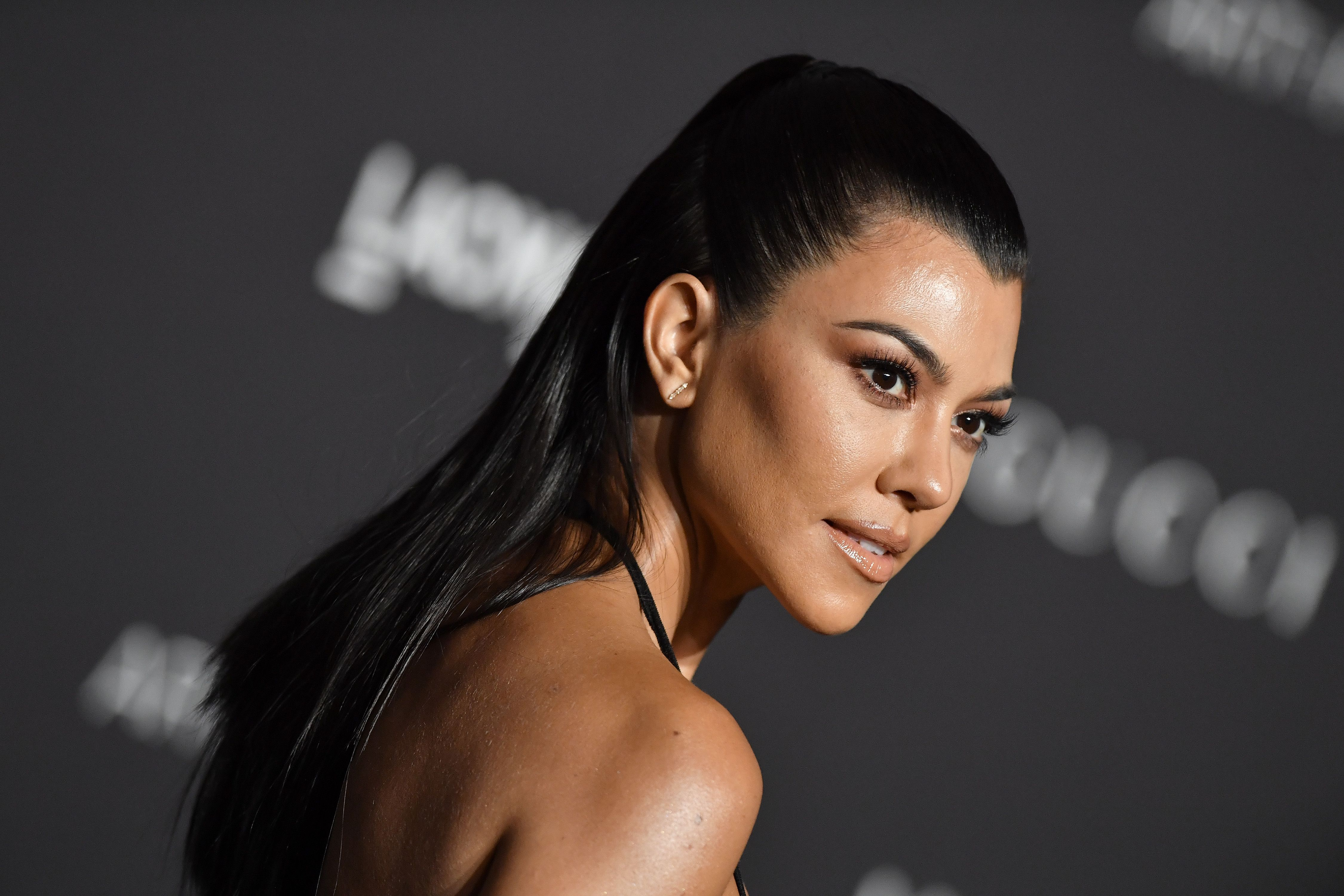 Kourtney Kardashian's NSFW 40th Birthday Cake Was Just 1 Of The Insane Treats Served At Her Party