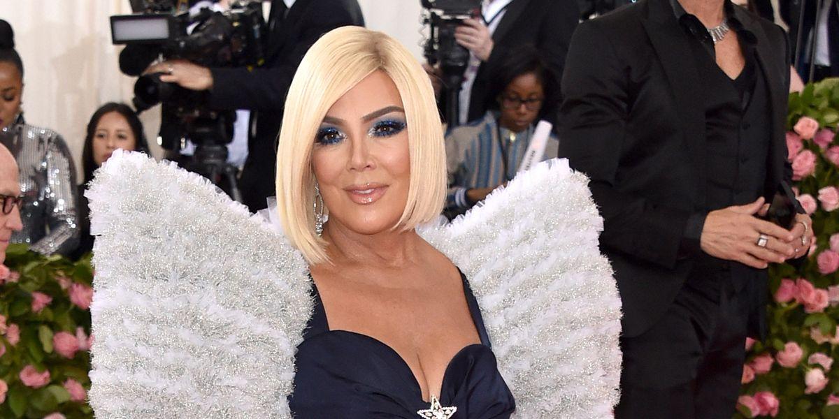Kylie Jenner Made Her Mom Kris Go Blonde On The Met Gala Red Carpet Kris Jenner Blonde Wig Met Gala 2019