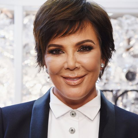 Wondrous Kris Jenner Posts A New No Makeup Selfie On Instagram Natural Hairstyles Runnerswayorg