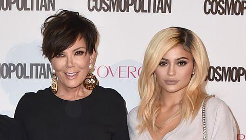 Kris Jenner y Kylie Jenner, de rubia