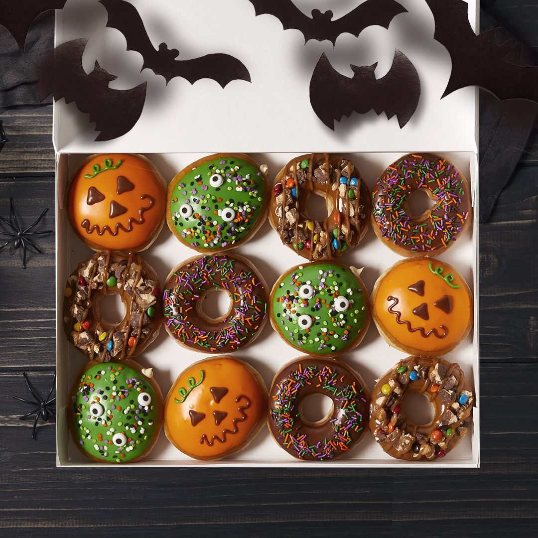Krispy Kreme Christmas Doughnuts.Krispy Kreme Is Coming Out With A Trick Or Treat Donut For