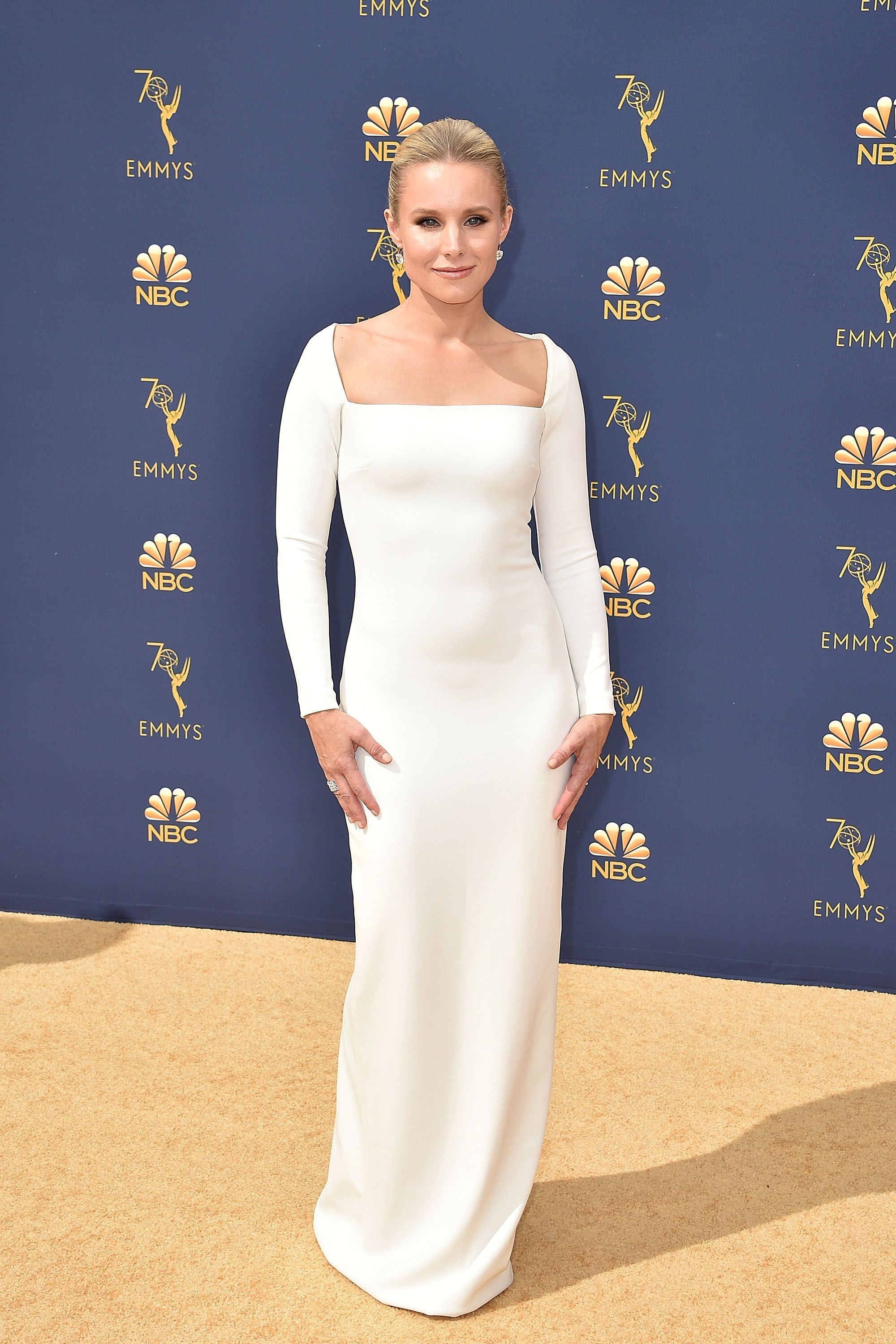 Bell was oh-so-chic-and-sleek in a simple long sleeve Solace London gown for the 70th annual Emmy Awards.
