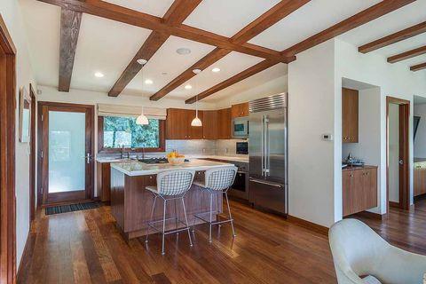 Room, Property, Wood flooring, Building, Ceiling, Furniture, Hardwood, Floor, Interior design, House,