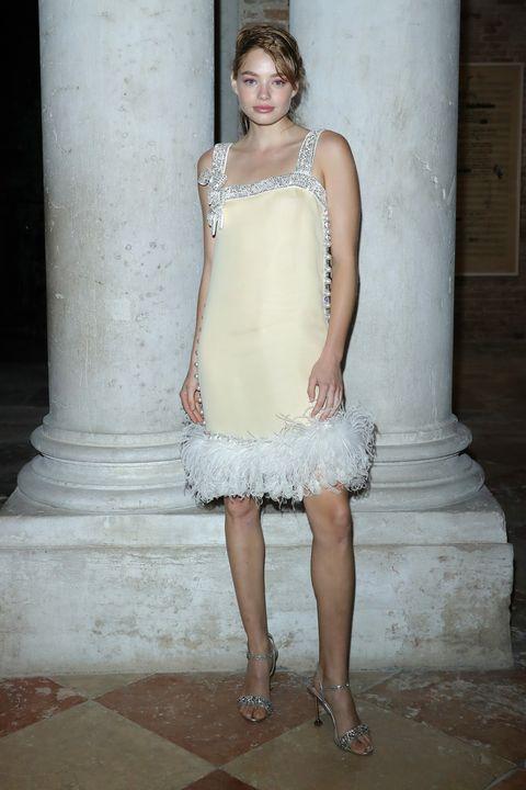Clothing, Dress, Fashion model, Shoulder, Cocktail dress, Gown, Beauty, Fashion, Bridal party dress, Wedding dress,
