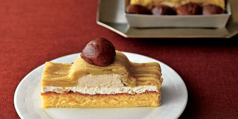 Dish, Food, Cuisine, Dessert, Baked goods, Ingredient, Zuppa inglese, Mille-feuille, Chiboust cream, Produce,