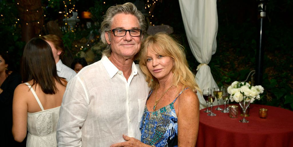 Goldie Hawn & Kurt Russell Just Posed for the Sexiest Christmas Photo of 2018