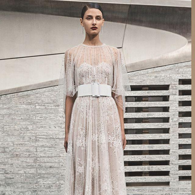透け感に魅了されるドレス集