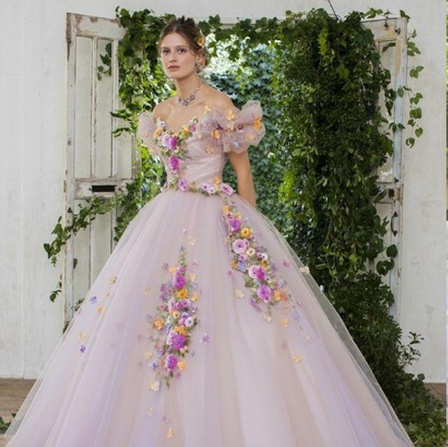 ロマンティックカラーのドレスでハッピーな花嫁に!