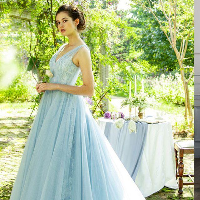 清々しく、上品に。ブルーのドレスでお色直し!