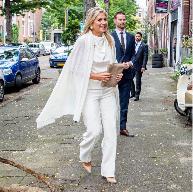 オランダ、マキシマ王妃になりきり! ブリッジシーズンに真似したい品格の白コーデ
