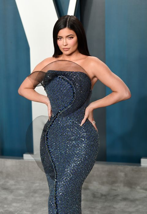 beverly hills, california   february 09 kylie jenner attends the 2020 vanity fair oscar party hosted by radhika jones at wallis annenberg center for the performing arts on february 09, 2020 in beverly hills, california photo by karwai tanggetty images