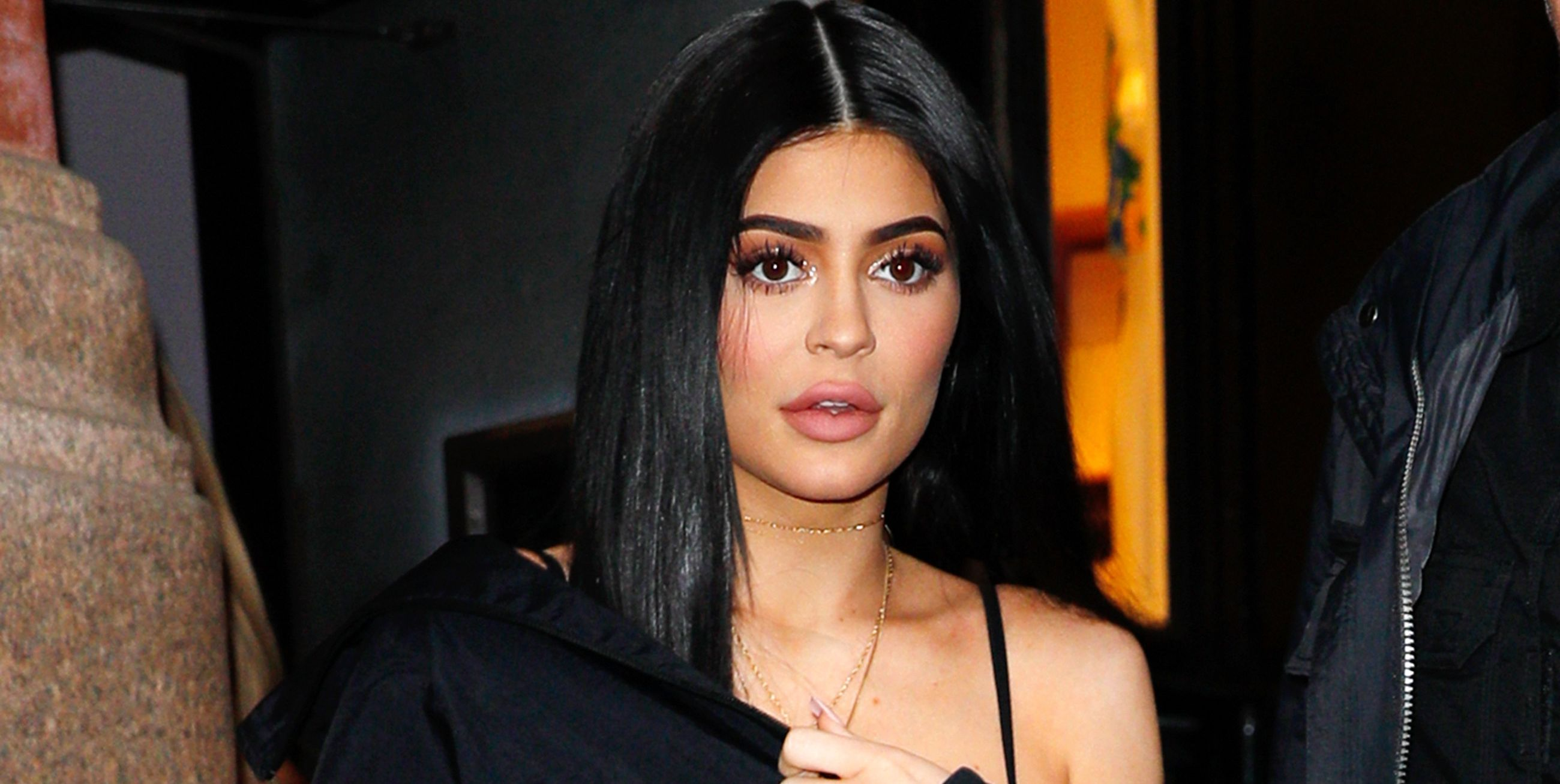 Hold Up, Where Is Kylie Jenner in This KUWTK Christmas Special Photo?