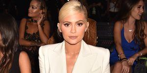 Kylie Jenner komt met cosmetics tegen straling