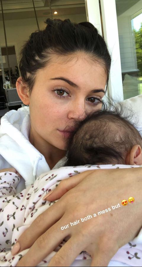 Kylie Jenner Poses Makeup Free With Stormi