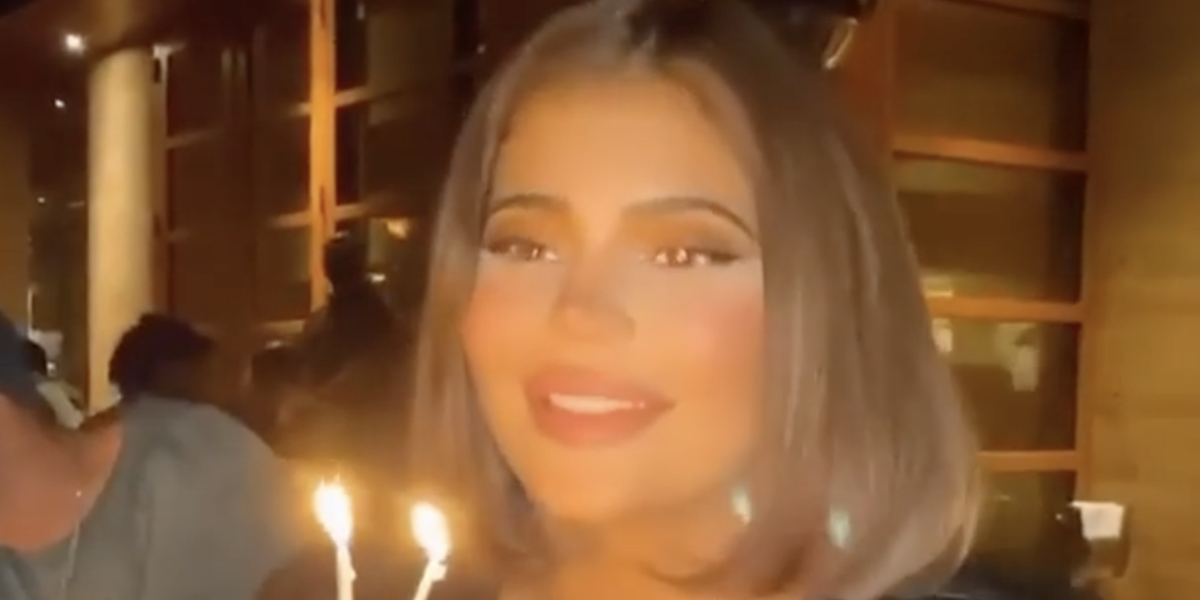 Kylie Jenner Debuted a New Hairstyle at an Early Birthday Dinner with Friends
