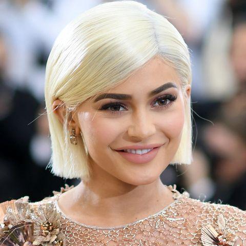 2018 Hairstyles, Celebrity Cuts, & Hair Color - BAZAAR