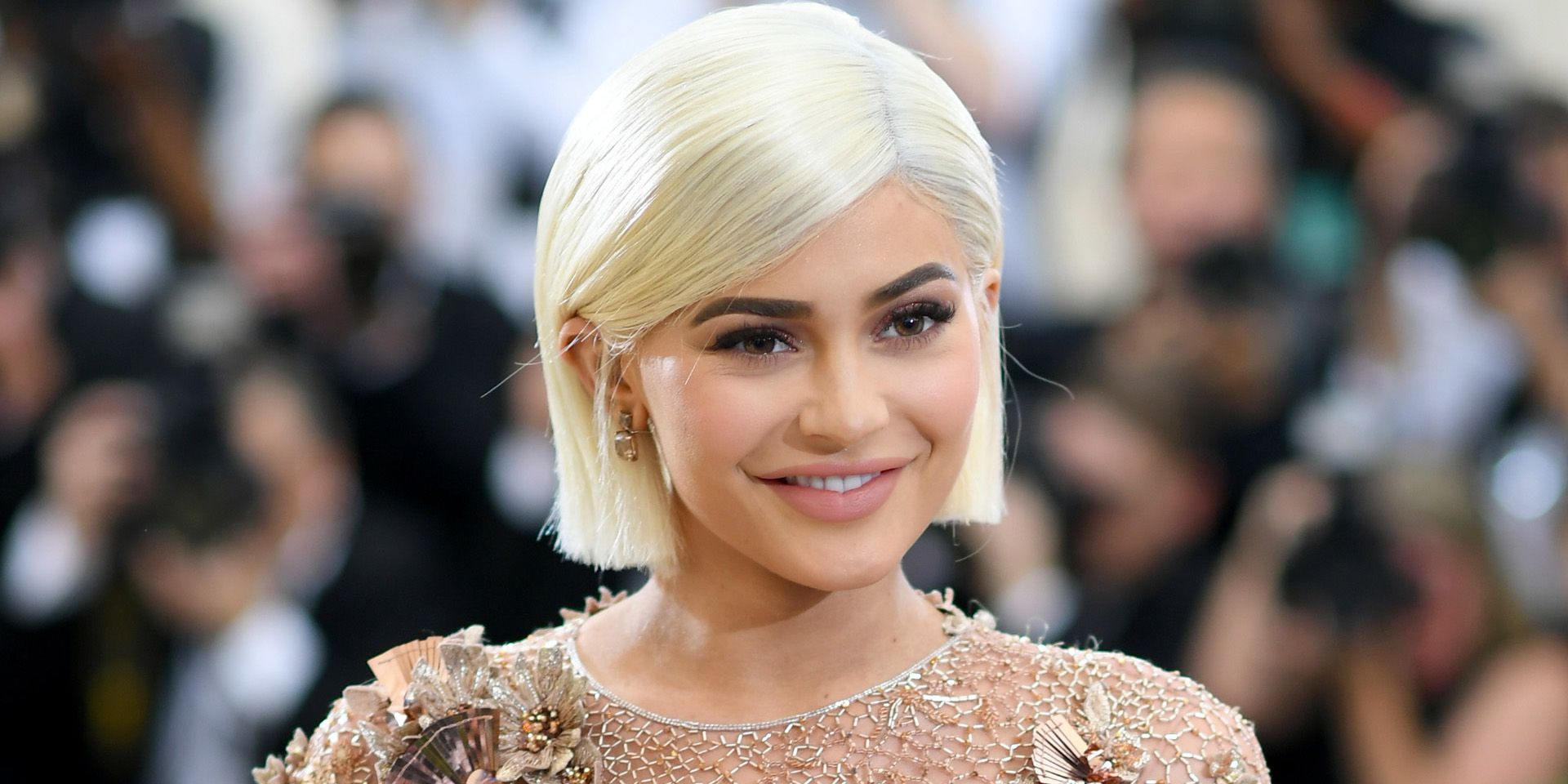 Kylie Jenner Debuts A Totally New Look At Coachella