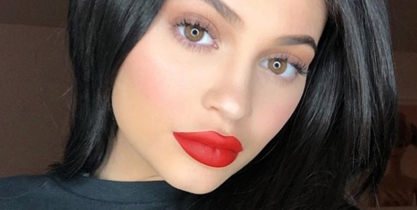 How To Make Your Lips Look Bigger Naturally 9 Ways To Get Bigger Lips