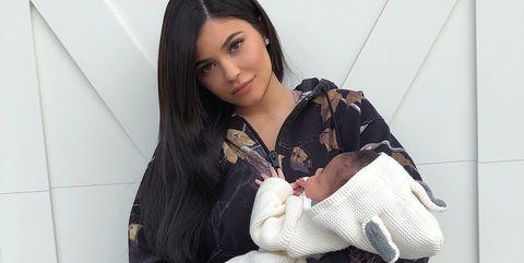 """Kylie Jenner comparte en Instagram unos 'selfies' con Stormi que ya han conseguido más de 11 millones de """"me gusta""""."""