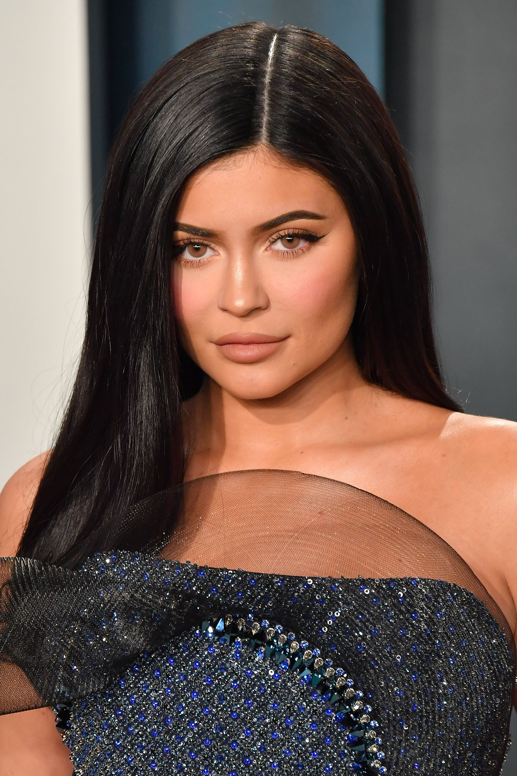 Kylie Jenner Just Cut All Her Hair Off