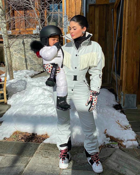 Kylie Jenner took Stormi skiing for the first time and it's ADORABLE