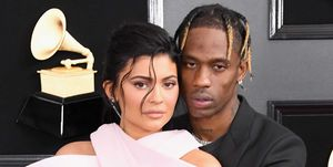 Kylie Jenner en Travis Scott tijdens de 61e Grammy Awards