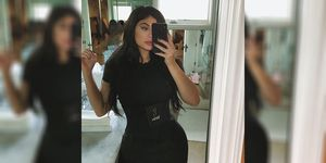 """Fans call Kylie Jenner out for advertising waist-trainers for a """"snap back"""" body"""