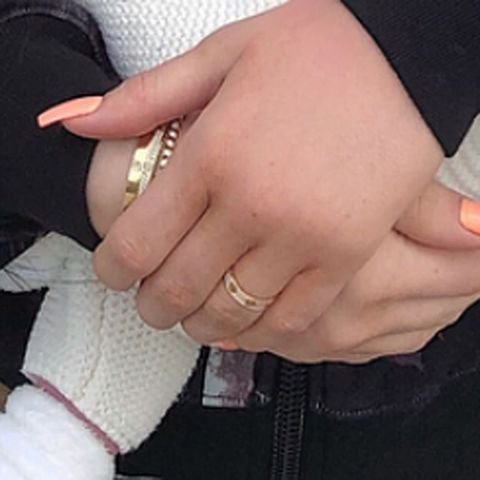 Is kylie jenner married kylie wearing wedding ring instagram kyliejenner junglespirit Image collections