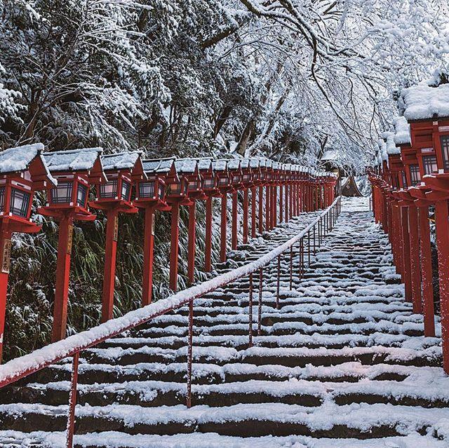 〈右〉京都 貴船神社 〈左〉瑞峯院