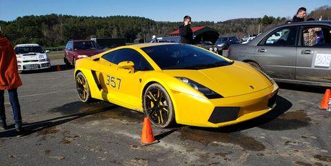 Land vehicle, Vehicle, Car, Supercar, Automotive design, Yellow, Lamborghini gallardo, Sports car, Luxury vehicle, Lamborghini,